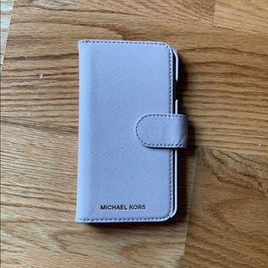 Michael Kors IPhone 7 wallet case. Leather
